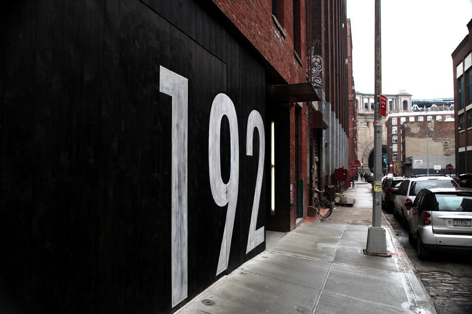 192_water_st_sign_hand_painted_distressed_dumbo_nyc_2.jpg