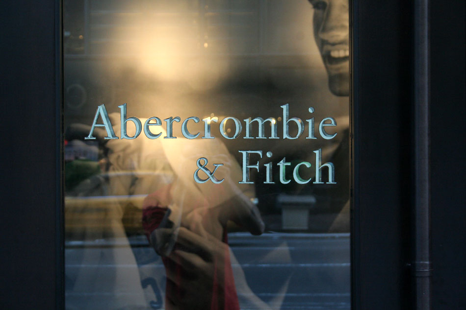 abercrombie-fitch-white-gold-leaf-painted-sign-new-york-city-8.jpg