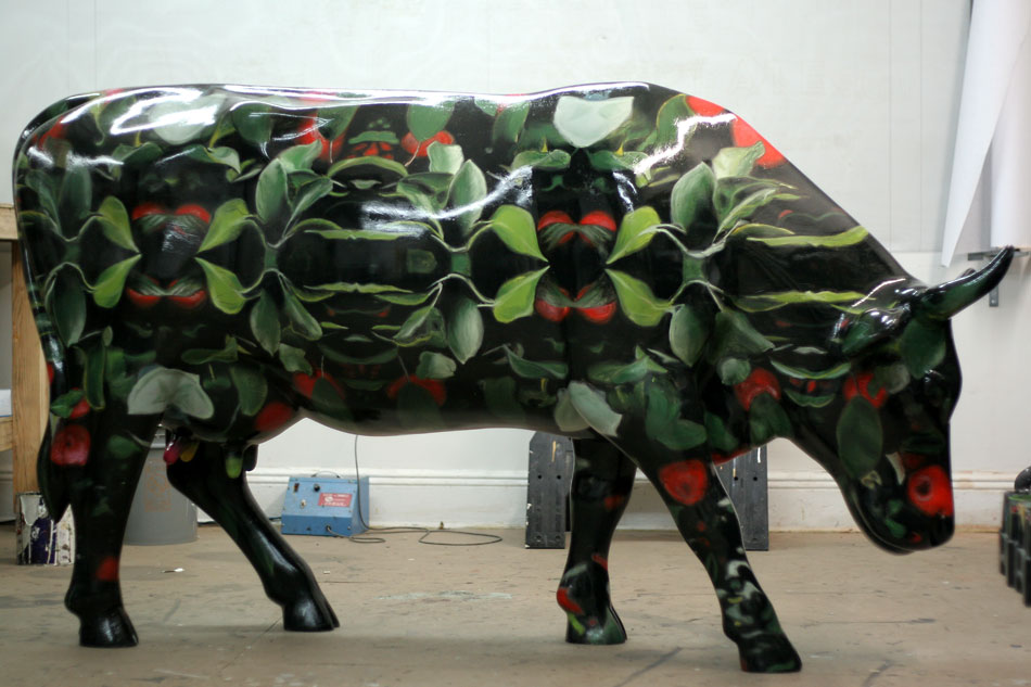 cow-parade-cow-hand-painted-new-york-city.jpg
