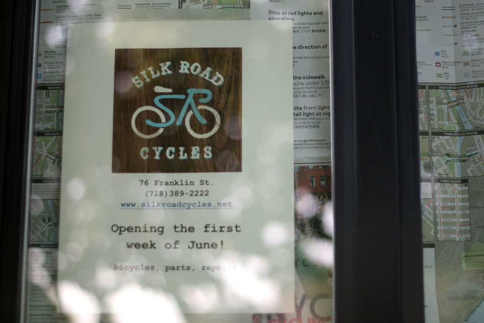 silk_road_cycles_blade_sign_hand_painted_brooklyn_nyc_3.jpg