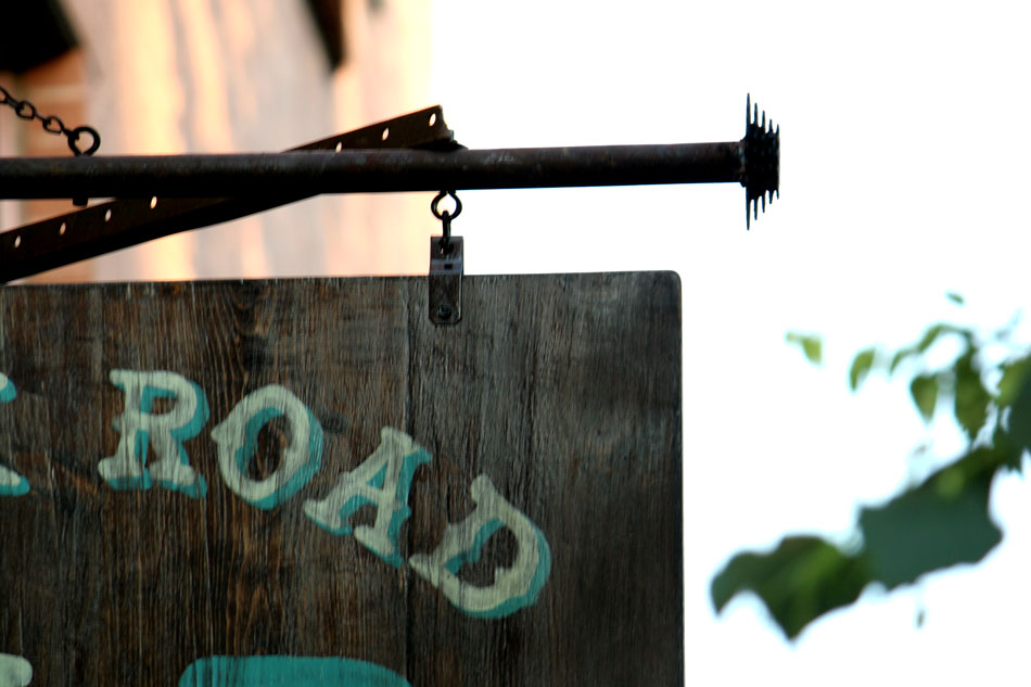 silk_road_cycles_blade_sign_hand_painted_brooklyn_nyc_6.jpg